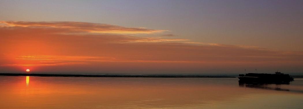 Irrawaddy River Sunrise Myanmar - Calflier001