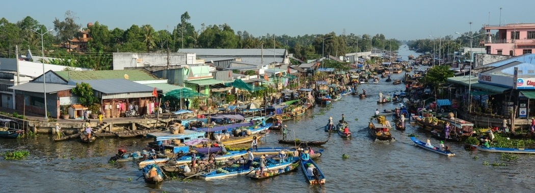 Mekong floating market - UNSW Global Water Institute