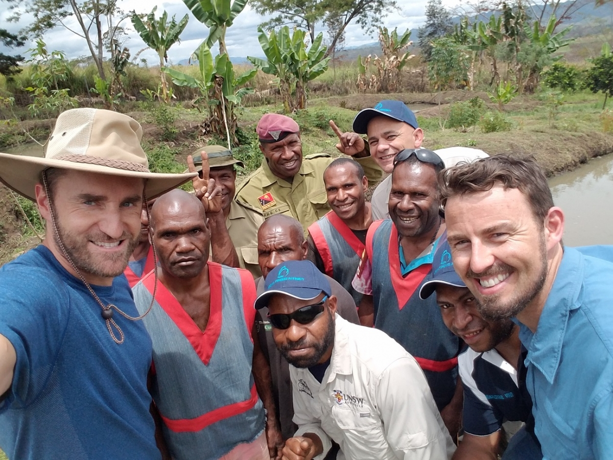 Cinematic Science, project team and Bihute Prison staff and prisoners. Ex-prisoners are now working with the project team to foster sustainable fish farming in PNG (Photo: J. Rawlinson).